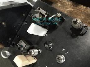 夹具蓝色限位块与白色PVC限位粗定位